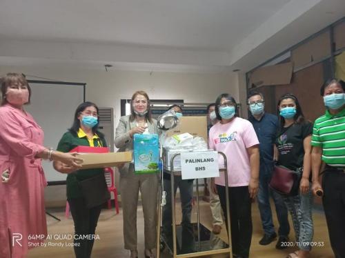 Distribution of Equipment / Check-up Package sa mga Napagawang Health Center